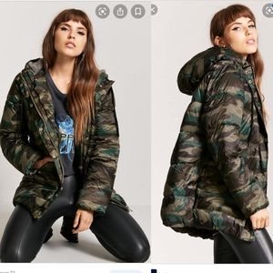 Forever 21 camo puffer down puff Jacket coat green